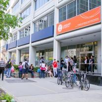 Estudar inglês em Toronto - ILSC - 1 Mês e Meio - Com Acomodação