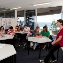 Estudar inglês em Sydney - Navitas - Manly - 4 Meses e Meio - Com Acomodação