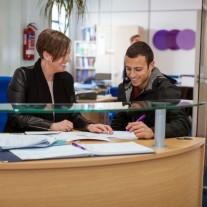 Estudar inglês em Leeds - Leeds English Language School - 2 Meses - Com Acomodação
