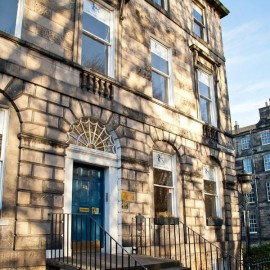 Regent Language Training Edimburgo Escocia