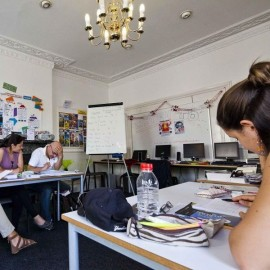 UIC English Brighton Inglaterra